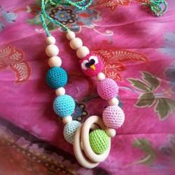 Collana da allattamento con gufo rosa